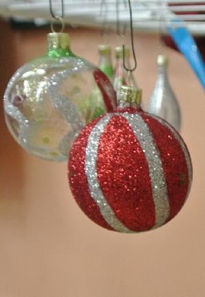 Zdobení vánočních ozdob
